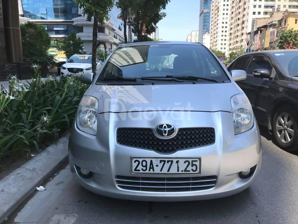 Bán xe Toyota Yaris 1.3 Nhật nhật nguyên chiếc màu bạc