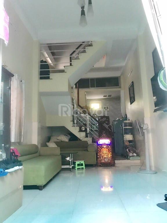 Bán gấp nhà đẹp Phạm Văn Đồng, Gò Vấp, 34m2, 3.3tỷ.