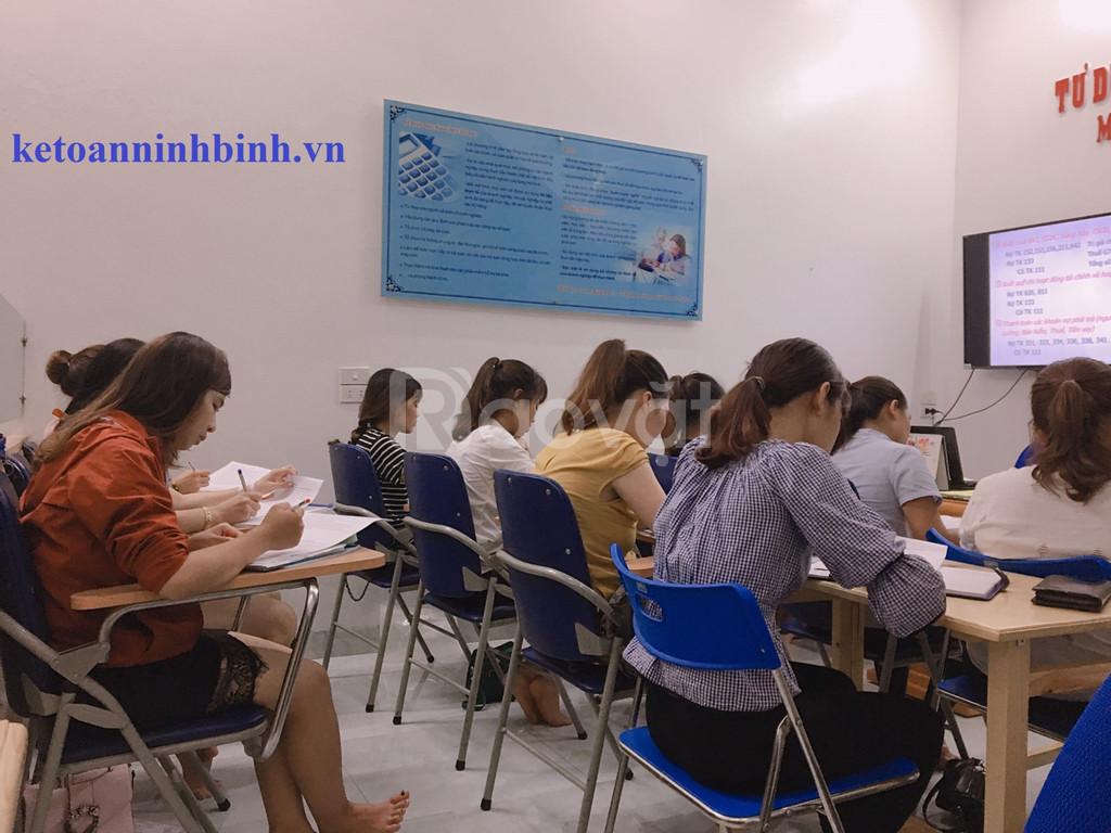 Đào tạo kế toán trên chứng từ thực tế tại Ninh Bình