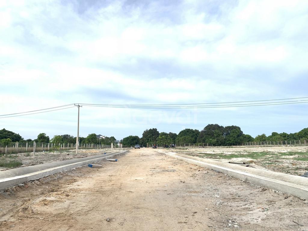 Mở bán đất nền,sổ đỏ biển cam lâm-Cách sân bay Quốc Tế Cam Ranh 5 phút