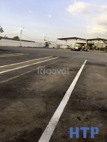 Cần bán sơn kẻ vạch màu vàng cho sân bay chất lượng, giá rẻ ở Tân Bình