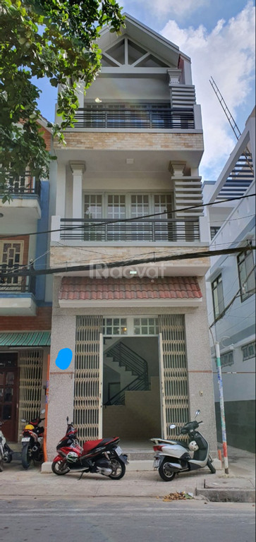 Bán gấp nhà 2 mặt tiền, 3 lầu, mặt tiền Trần Hưng Đạo, Q.Tân Phú