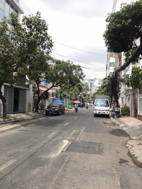 Biệt thự khu nội bộ đường Lê Hồng Phong, P12, Q10