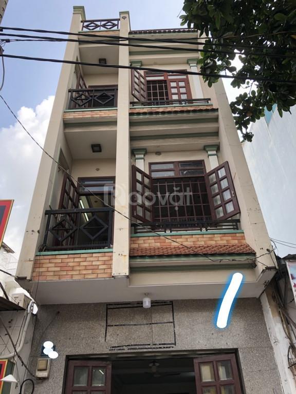 Bán gấp nhà MT kinh doanh quận Tân Phú, nhà MT kinh doanh
