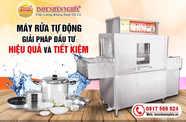 Đầu tư máy rửa bát công nghiệp cho bếp ăn tiết kiệm