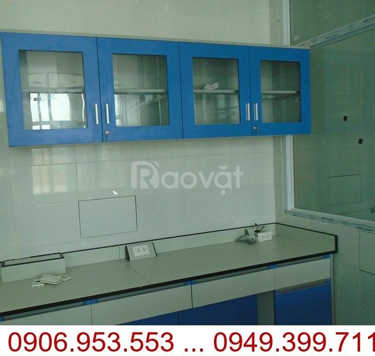 Kệ treo tường phòng Lab – Tủ treo tường phòng thí nghiệm Model: CW-01