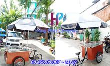 Xe đạp bán kem có dù quảng cáo ngoài trời đi kèm