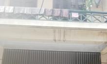 Bán nhà mặt ngõ 8 phố phường Đội Nhân Q.Ba Đình, DT 28m2, 2.8 tỷ.