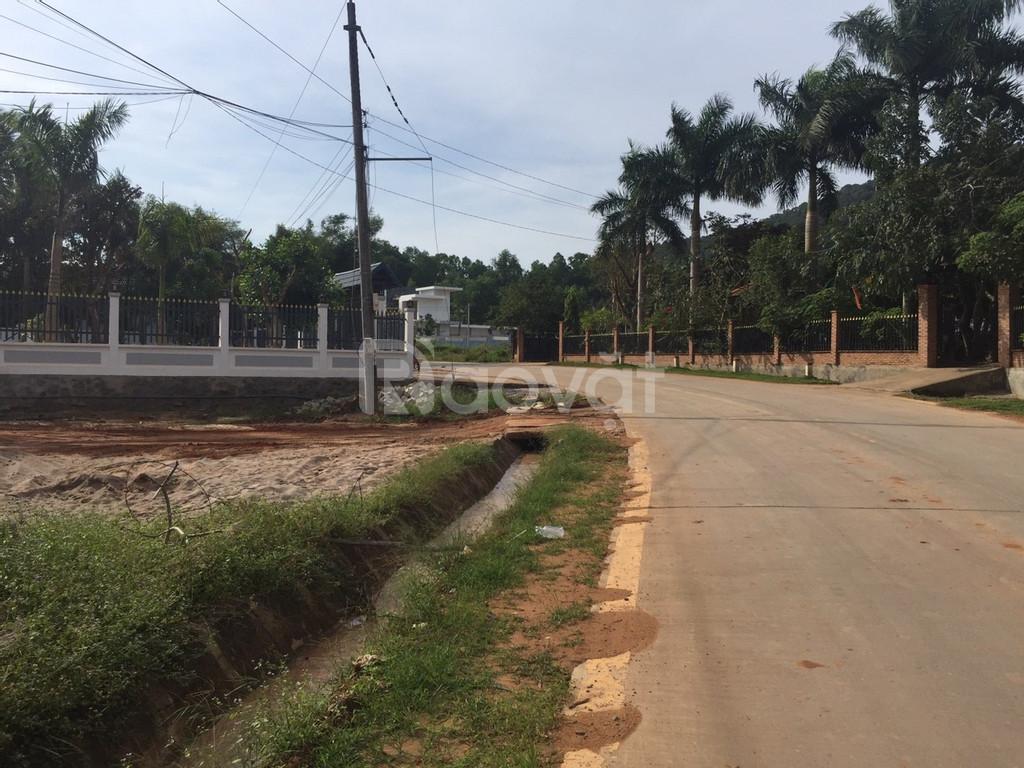 Bán đất mặt tiền Cây Thông ngoài huyện Phú Quốc giá hấp dẫn