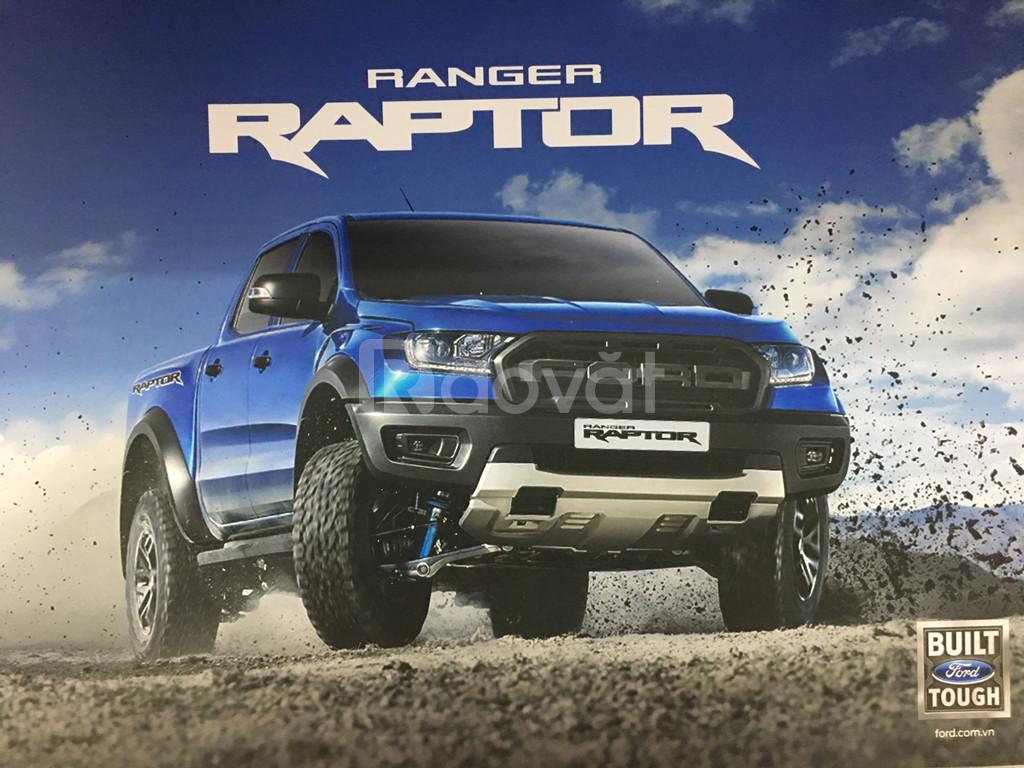 Ranger Raptor giao xe ngay