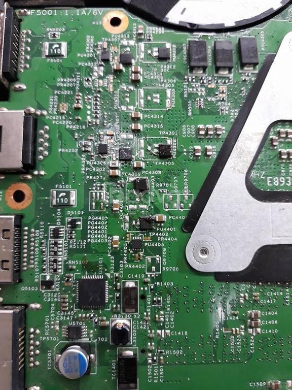 Chuyên sửa laptop lấy liền giá chỉ 200.000 đồng uy tín