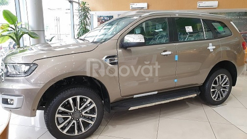 Bán Ford Everest 2019 Titanium 2.0LAT 4WD giá tốt