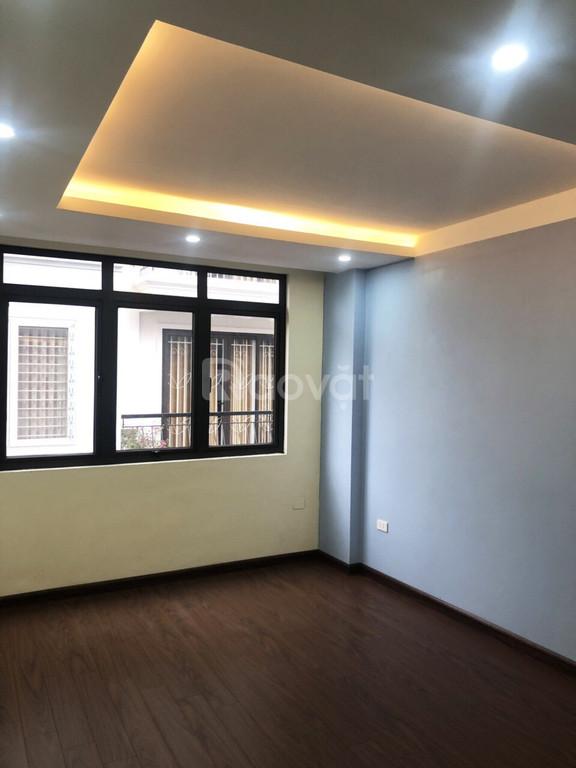 Bán nhà Xuân Đỉnh, gần Phạm Văn Đổng, Dt 33m2 giá 2.35 tỷ, SĐCC