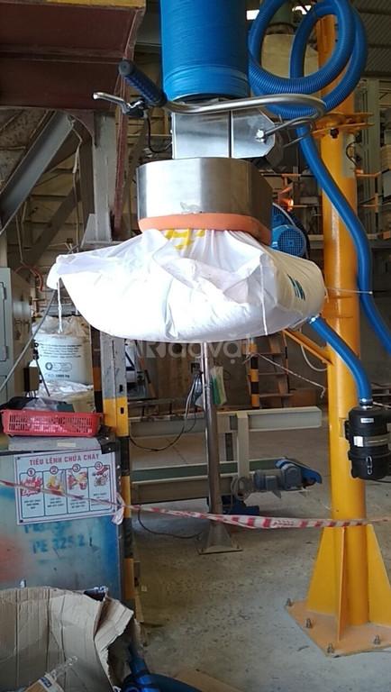 Thiết bị nâng chân không nâng hạ bao hạt nhựa, thùng carton
