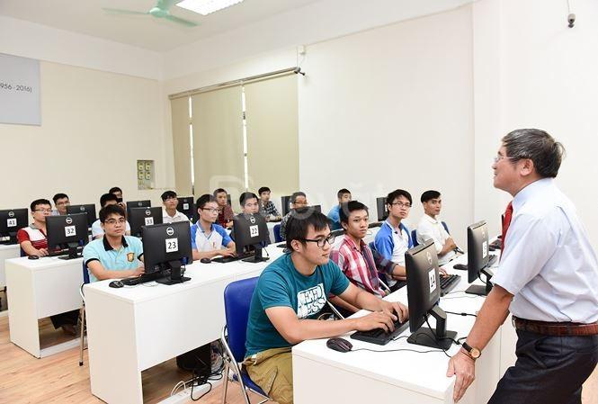 Khai giảng lớp đào tạo cấp chứng chỉ nghiệp vụ sư phạm TCCN (ảnh 1)