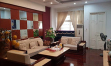Gia đình cần bán ngõ 236 Hoàng Quốc Việt phân lô, DT100, giá 10.45 tỷ