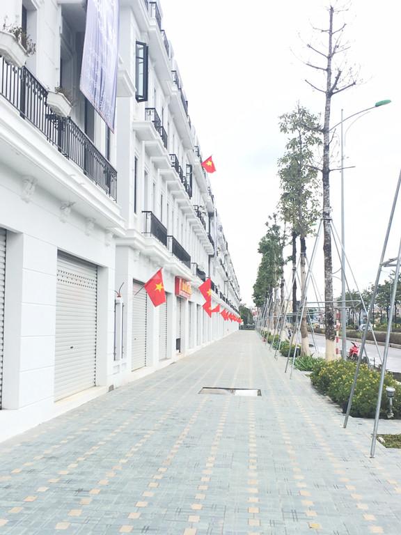 Shophouse Embassy Garden kđt tây Hồ Tây 144m2 đường 60m