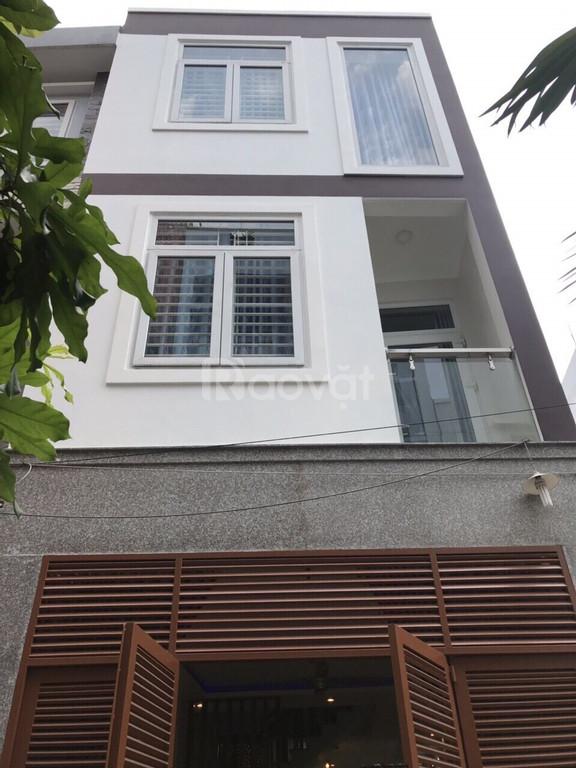 Cho thuê nhà nguyên căn 11/2 Phan Xích Long gần chợ Phan Xích Long