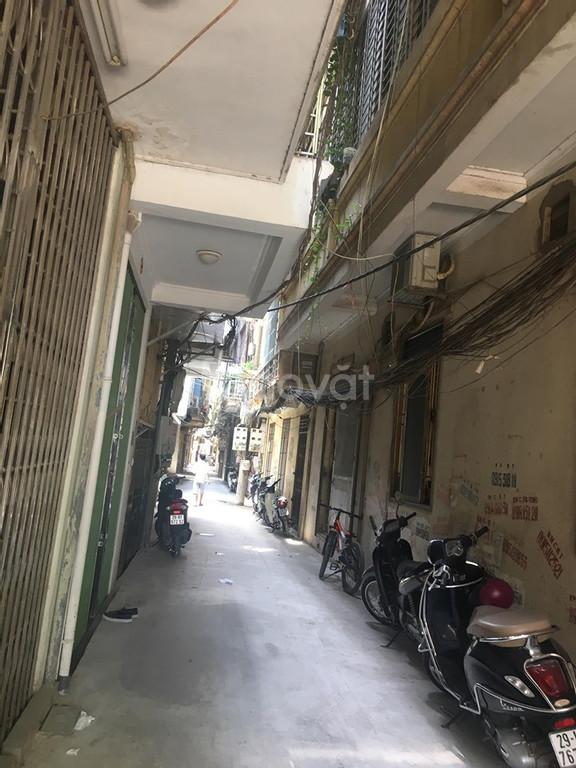 Bán nhà 3 thoáng, 40m2, 4 tầng, giá nhỉnh 2 tỷ phố Hoàng Văn Thái