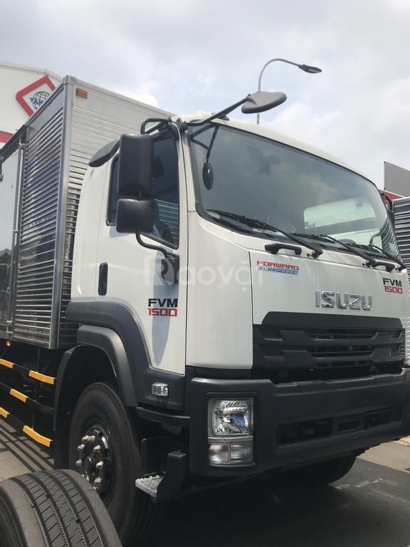 Xe tải isusu 3 chân 15 tấn  thùng kín