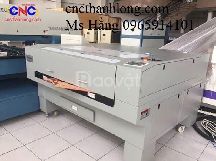 Máy laser cắt vải tự động, máy laser 1610 -2 đầu cắt vải, máy cắt khắc