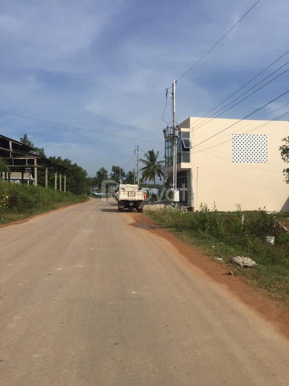 Bán đất mặt tiền thị trấn Dương Đông giá hấp dẫn