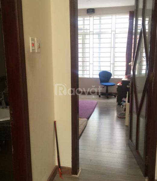 Nhà mới 50m2 x 3 tầng, gần ngõ 72 Nguyễn Trãi, 10m ra ô tô. (ảnh 4)