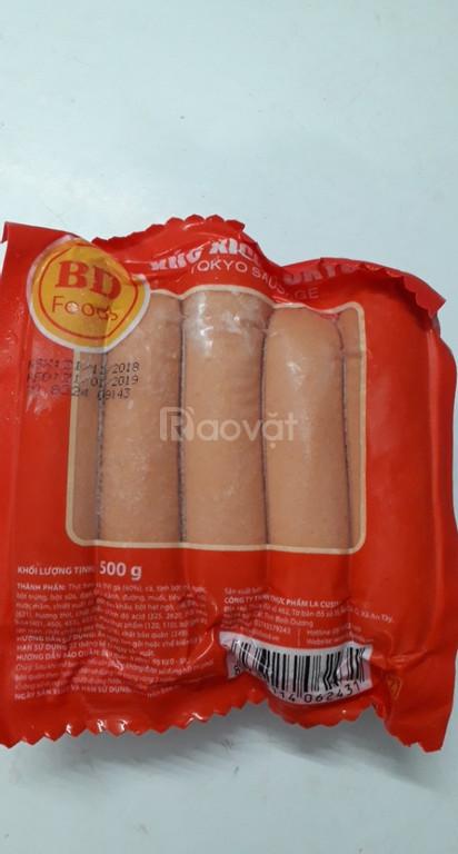 Pât gan, xúc xích, khoai tây, chả lụa: Nguyên liệu làm bò né