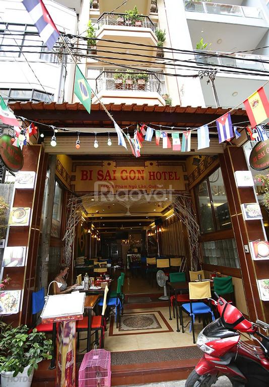 Nhà hàng khách sạn giá rẻ phố đi bộ Bùi Viện