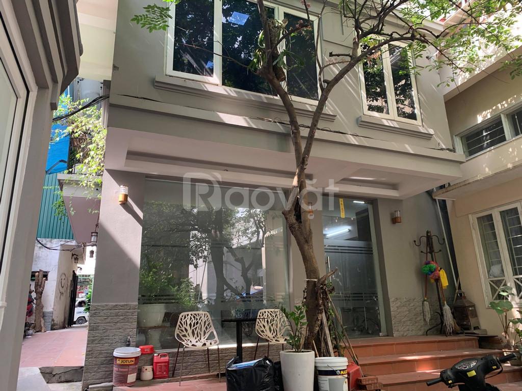 Cho thuê VP nhà ngõ phố Hàm Long, Hoàn Kiếm, Hà Nội (cách mặt phố 5m)