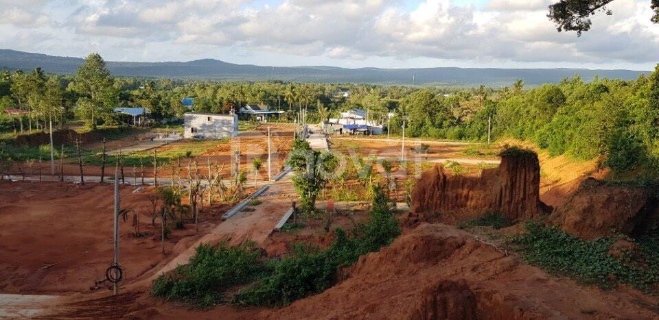 Bán đất mặt tiền trung tâm huyện Phú Quốc
