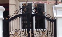 Mẫu cổng sắt nghệ thuật cao cấp cho biệt thự