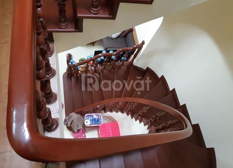 Nhà đẹp, giá tốt, bán nhà Quỳnh Mai 42m2x4T, giá 4,35 tỷ.
