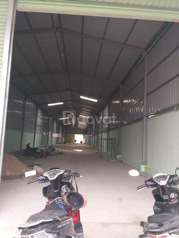 Cho thuê xưởng khu vực Bình Chuẩn - Tân Uyên - 1400m2 - 45 tr/th
