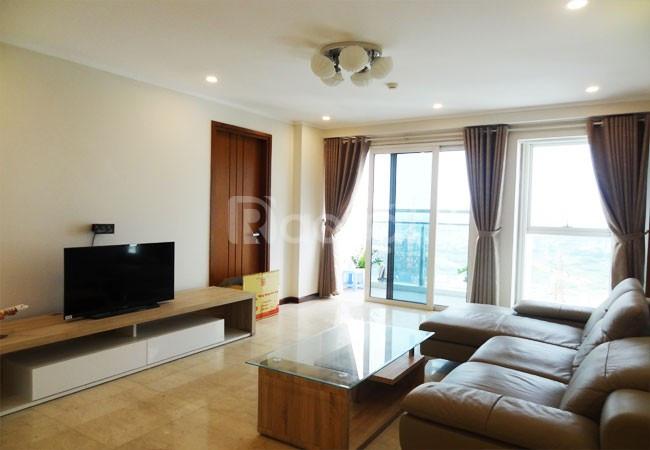 Chính chủ bán chung cư 60 Hoàng quốc việt, 101m2, giá 30,5 triệu/m2.