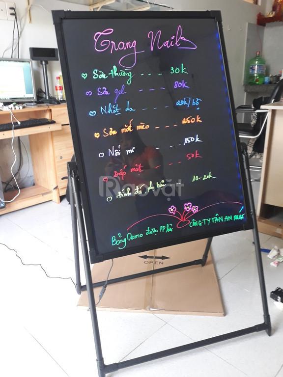 Chuyên cung cấp bảng dạ quang viết tay giá rẻ tại Cần Thơ