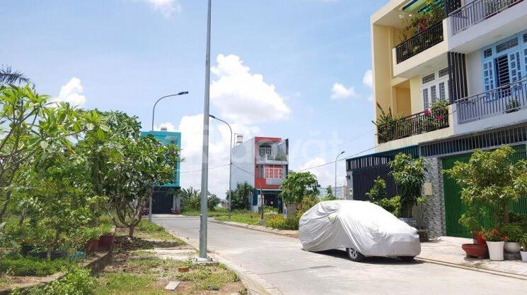 Đất ngay bệnh viện Xuyên Á, 195m2, giá 800 triệu, sổ riêng, còn giảm