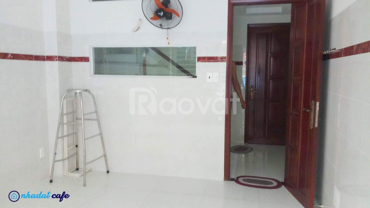 [HXH] Bán nhà 5 tầng đường Lạc Long Quân, quận Tân Bình, mới đẹp