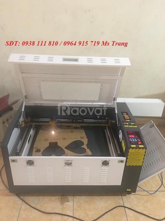 Máy laser cắt khắc gỗ máy laser 6040 cắt khắc mica giá rẻ