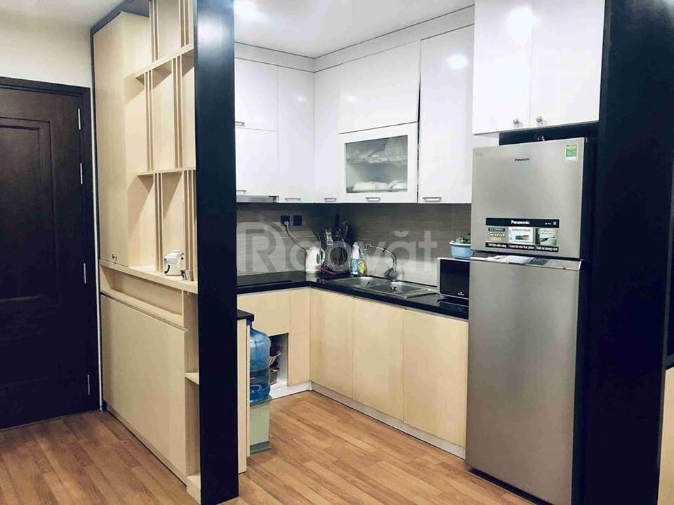 Cho thuê chung cư Home City 177 Trung Kính 70m2 đủ đồ xịn