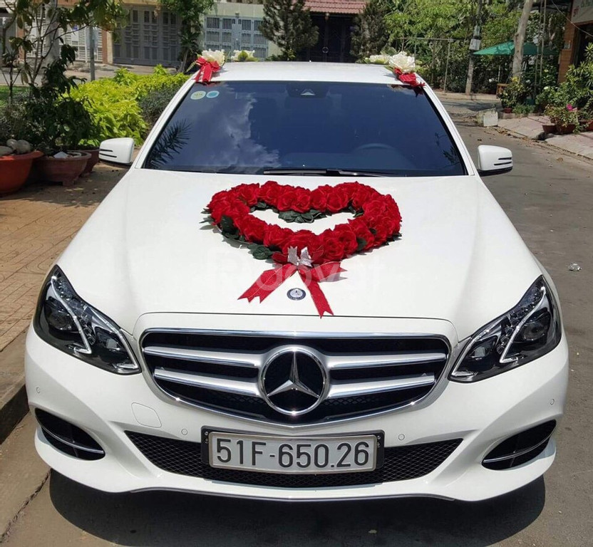 Cho thuê xe Kia Sedona tại TPHCM của Asean Master