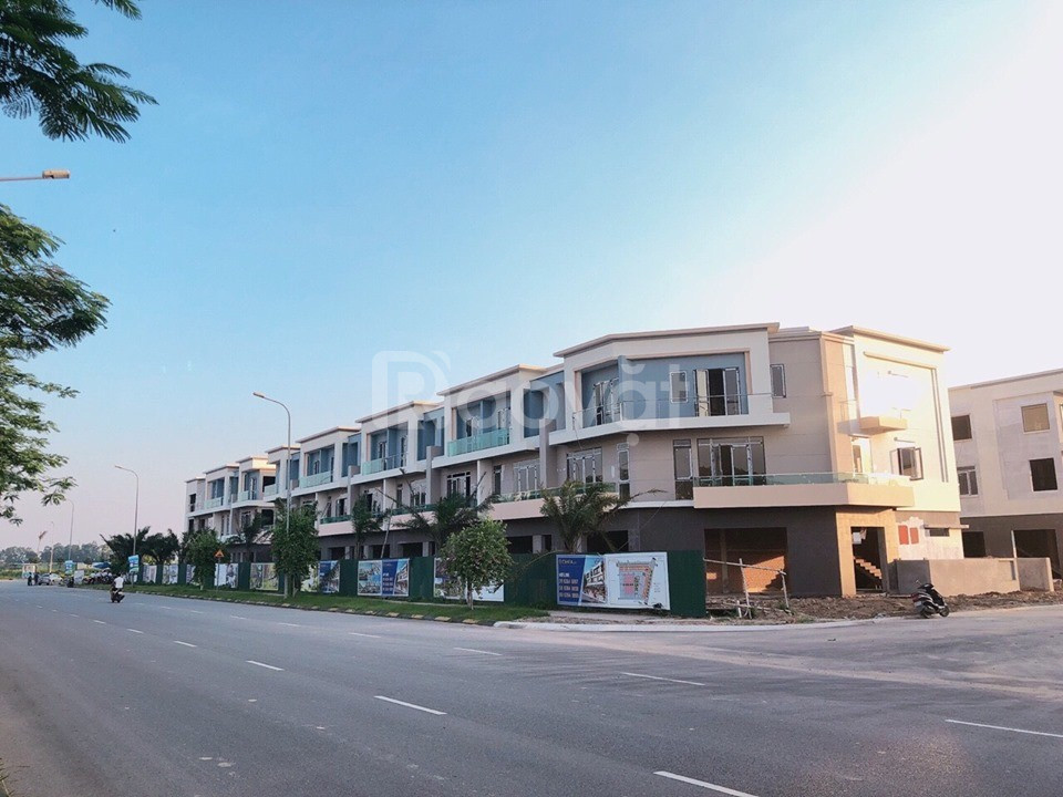 Bán Shophouse Centa City KĐT VSIP Bắc Ninh giá chỉ 18tr/1m2.