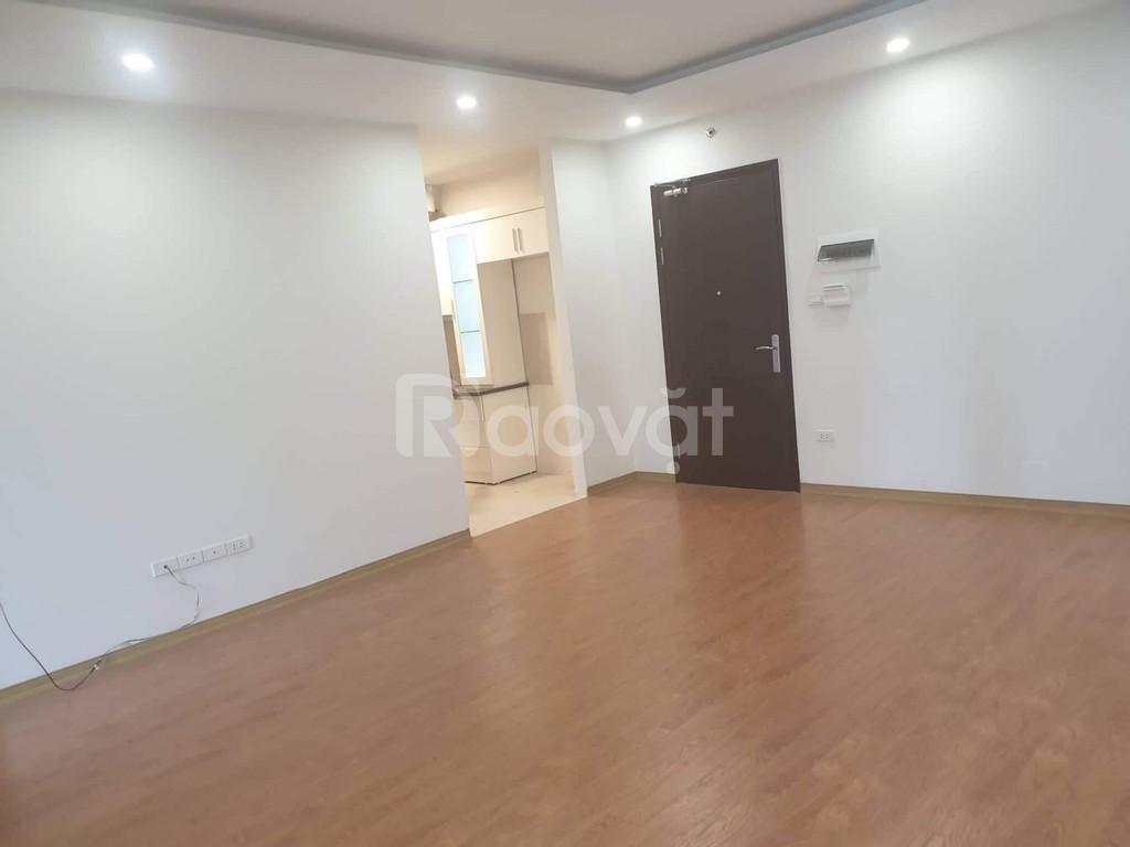 Cho thuê căn hộ dự án FLC 37 Phạm Hùng.