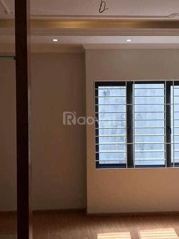 Nhà mới 5 tầng Hoàng Hoa Thám, Ba Đình 45m2, 2 mặt thoáng.