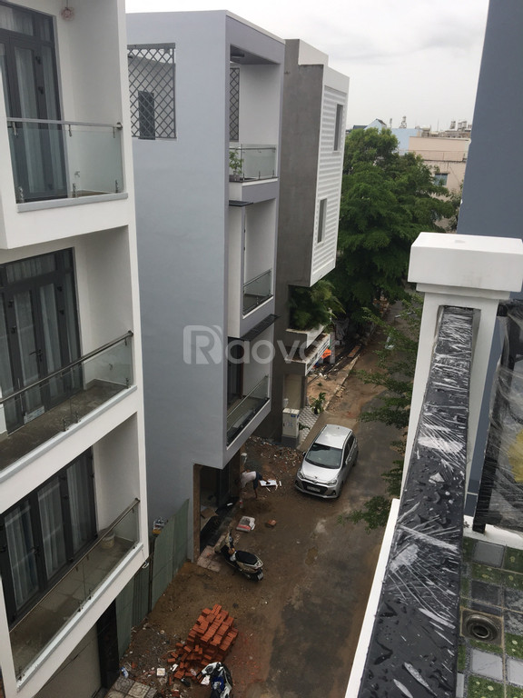 Nhà 3 tấm khu nội bộ đường 7m Nguyễn Hữu Dật, Tân Phú, sổ hồng riêng.