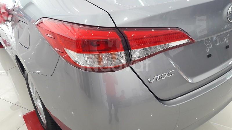 Vios 1.5E MT số sàn + 160tr nhận xe ngay, đủ màu xe giao toàn quốc