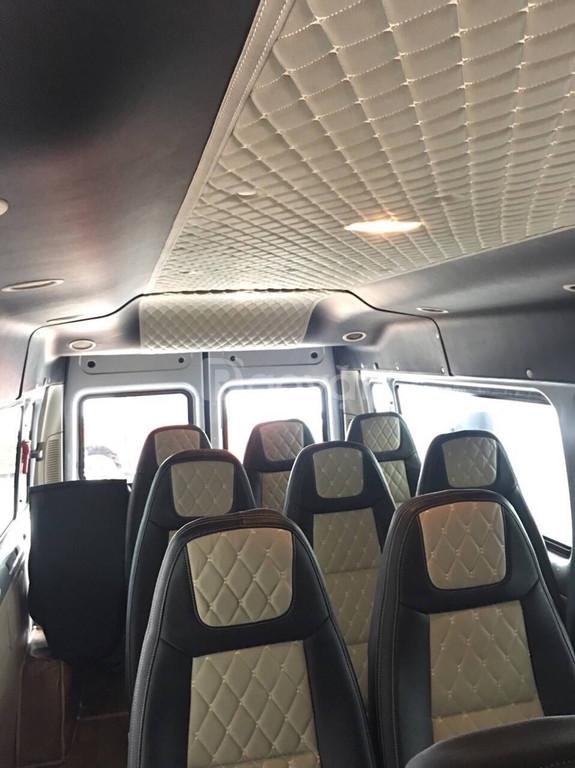 Ford Transit Medium SVP giá tốt