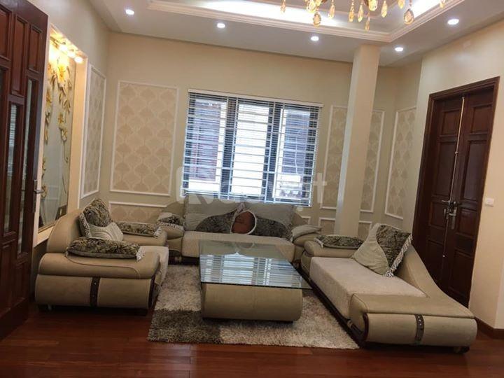 Cần bán nhà, ngõ 2 Phạm Tuấn Tài, Trần Quốc Hoàn 5 tầng, MT4.5m