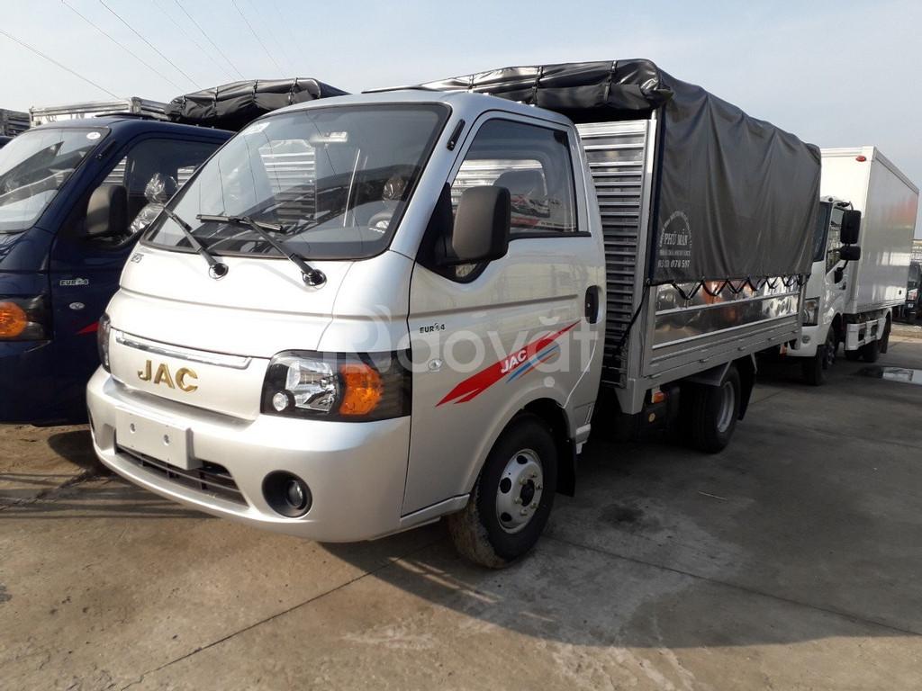 xe tải JAC 1.25 TẤN thùng 3m2, trả trước 50tr nhận xe