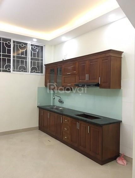 Giá hiếm 2,55 tỷ, không có căn thứ 2, bán nhà Ngõ Quỳnh 33m2.